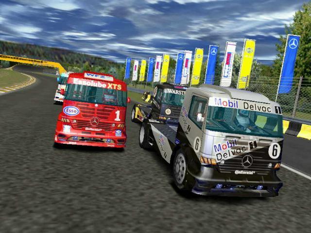 Games mercedes benz truck racing megagames for Mercedes benz games